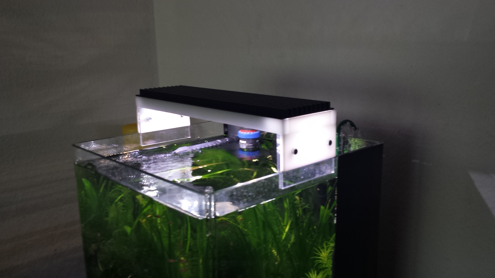 diy led lampe selber bauen seite 33 aquariumbeleuchtung aquascaping forum. Black Bedroom Furniture Sets. Home Design Ideas